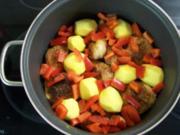 Geschmorte Hähnchenkeulen - Rezept