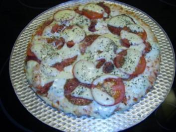 Salami-Pizza - Rezept