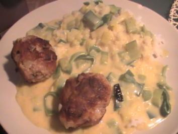Mettfrikadellen in Currysauce - Rezept