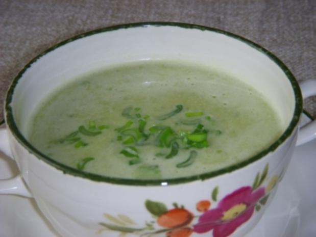 Frühlingszwiebelsuppe mit Kartoffeln - Rezept