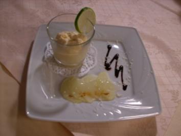 Marzipan-Mousse auf Prosecco-Äpfeln - Rezept