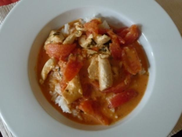 Rotes Hähnchencurry mit Tomaten - Rezept