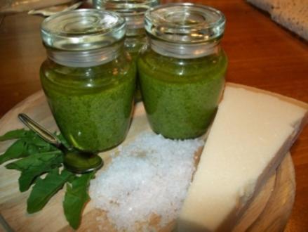 Rucola-Nuss-Pesto - Rezept