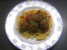 Makkaroni mit Hackbällchen aus dem Ofen - Rezept
