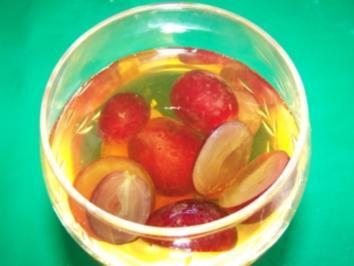 Weingelee mit Trauben - Rezept