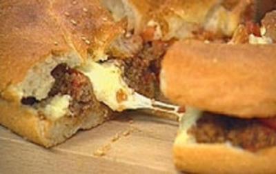 Fladenbrotpizza mit Hackfleisch - Rezept
