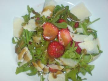 Rucola-Erdbeer-Salat - Rezept