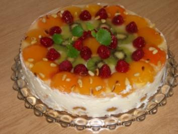 Aprikosen-Joghurt-Torte - Rezept