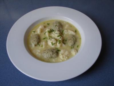Blumenkohlsuppe mit Käseklößchen - Rezept