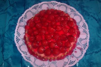 sommerliche Erdbeertorte - Rezept