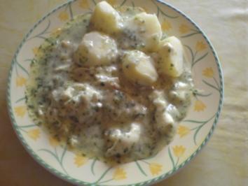 Verlorene Eier in Kräutersoße - Rezept