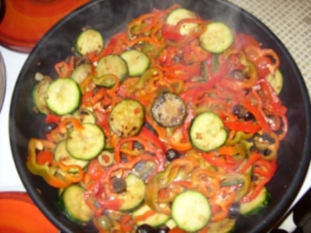 Filetstücke auf buntem Gemüse und süßer Chilisoße - Rezept - Bild Nr. 8