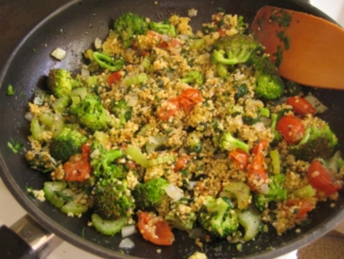 hirse mit tomaten spinat und broccoli als salat oder in der pfanne rezept. Black Bedroom Furniture Sets. Home Design Ideas