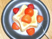 Käsekuchen in der Tasse mit frischem Obst garniert - Rezept - Bild Nr. 2