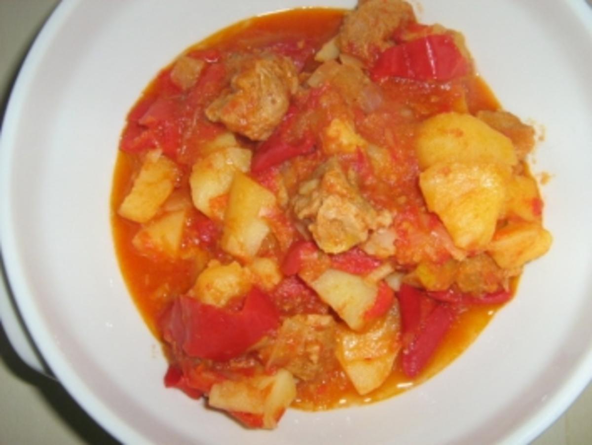 Bilder für Kartoffel Paprikasch - Rezept
