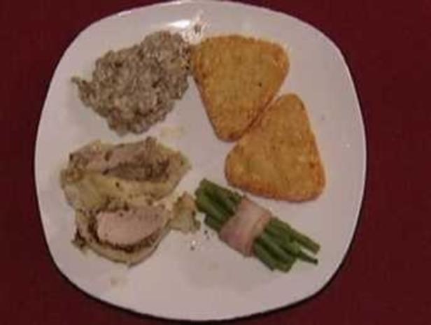 Schweinefilet im Blätterteig mit Bohnen im Speckmantel und Rösti (Michael Penners) - Rezept