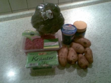 Cremige Broccolisuppe mit Hackfleisch - Rezept