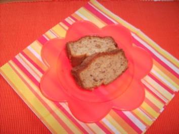Nuss-Apfelmus-Kuchen - Rezept