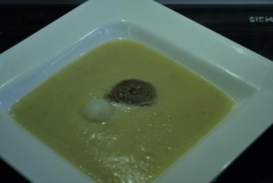 Kohlrabi-Creme-Suppe mit Pesto - Rezept