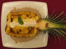 Ananas-Nuss-Salat gratiniert mit Kokoslikörschaum - Rezept
