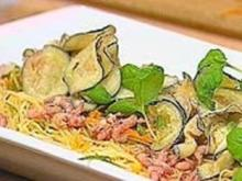 Asiatisch inspirierter Nudelsalat - Rezept