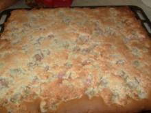Rhabarberkuchen mit Kokoshaube - Rezept