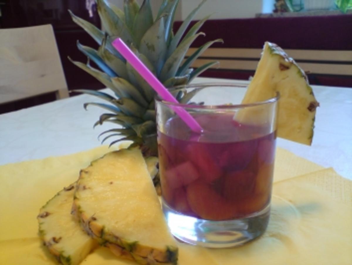 Fruchtige BOWLE für unvergessliche Abende - Rezept Eingereicht von Beggy