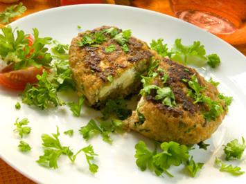 Bifteki (Hackfleisch mit Schafskäse gefüllt) - Rezept - Bild Nr. 2