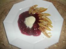 Süße Zimt-Schupfnudeln mit Kirsch-Kompott - Rezept