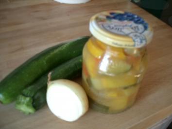 Zucchini - süß-sauer - Rezept