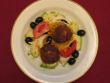 Avocado-Orangen-Mandelsalat mit Ingwer-Fischklößchen - Israel - Rezept