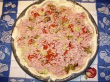 Quiche mit Schinken, Zucchini und Tomaten - Rezept