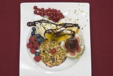 Dolce Norberto - Florentiner mit Eiscreme und Früchten (Norbert Schramm) - Rezept