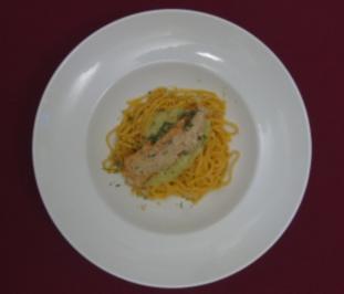 Zitronen-Lachs auf Trüffelpasta - Rezept