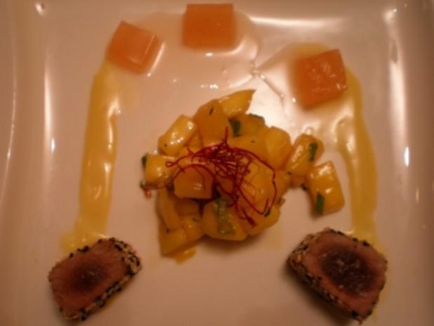 Tunfischtataki an Wasabi- mayonnaise, Grapefruitgelee u. Mangokompott - Rezept