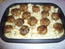 Buletten im Kartoffel - Blumenkohl Bett - Rezept