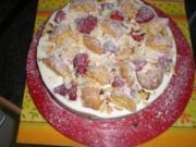 Brandteig-Flockentorte mit Erdbeeren - Rezept