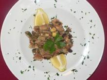 Caponata siciliana mit Parmesanbrot und Pomodori secchi - Rezept