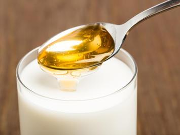 Rezept: Heiße Milch mit Honig