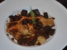 Parpadelle mit toskanischem Wildschweinragout - Rezept