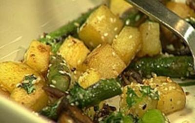 Rezept: Kartoffel-Spargel-Pfanne