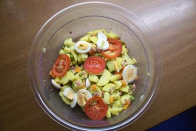 Bunter Speckkartoffelsalat - Rezept