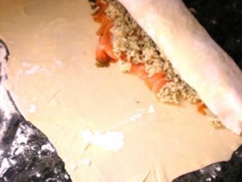 FISCH: Lachs-Blätterteigrolle - Rezept