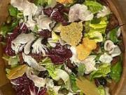 Mediterraner Salat mit Ziegenkäse - Rezept