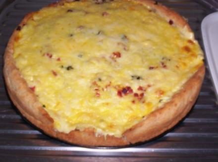 Spargelpizza mit Sauce Hollandaise - Rezept