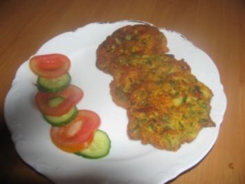 Zucchinipuffer  (Kabakmücveri) - Rezept