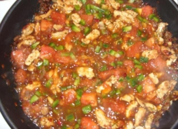 Nudeln mit Putenstreifen-Tomatensoße - Rezept - Bild Nr. 5