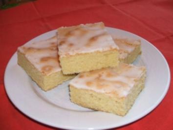 Zitronenkuchen nach Mamas Rezept fürs Blech - Rezept