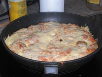 Deftiges Nudel-Wurst-Omelett - Rezept