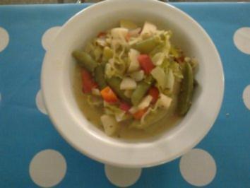 Gemüsesuppe mit Vanille und Ziegenkäse - Rezept
